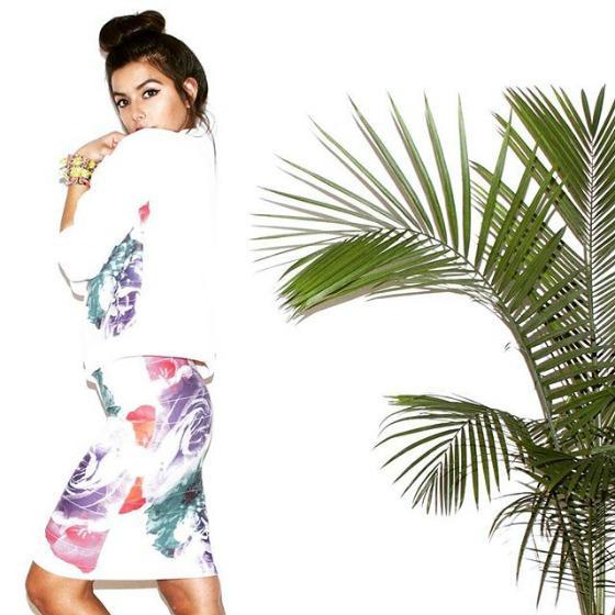 Motive tropicale: poarta-le in culori vii sau pastelate!