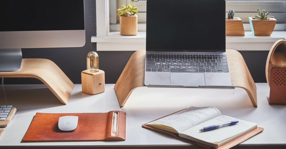 Cum să-ți amenajezi biroul de acasă pentru productivitate
