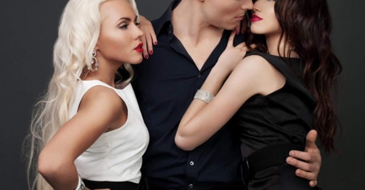 Top 5 scene de sex in grup din filme