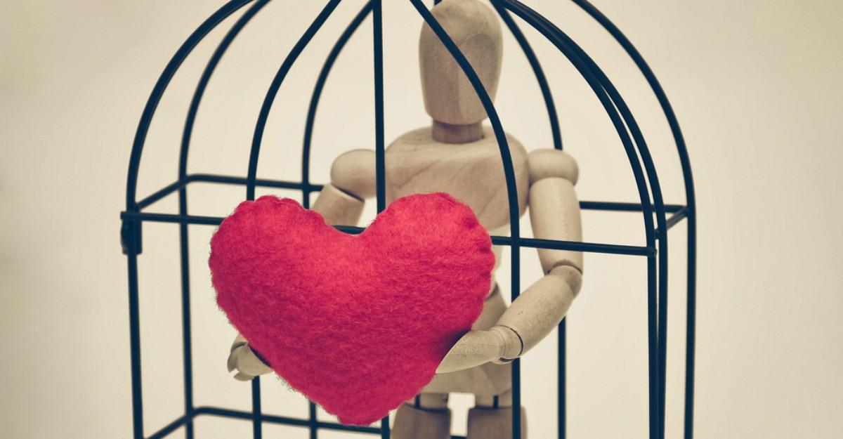 Esti captiva in relatia nepotrivita? Elibereaza-te si cauta-ti fericirea!