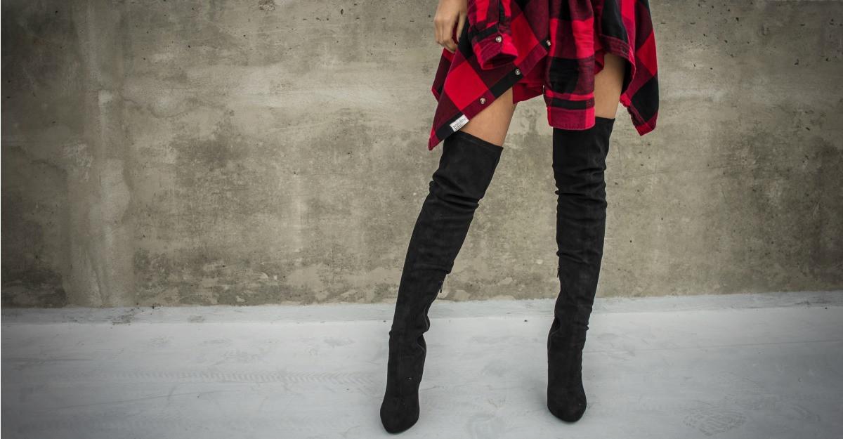 Moda cizmelor peste genunchi