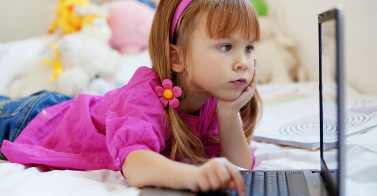 5 metode simple pentru a imbunatati postura unui copil