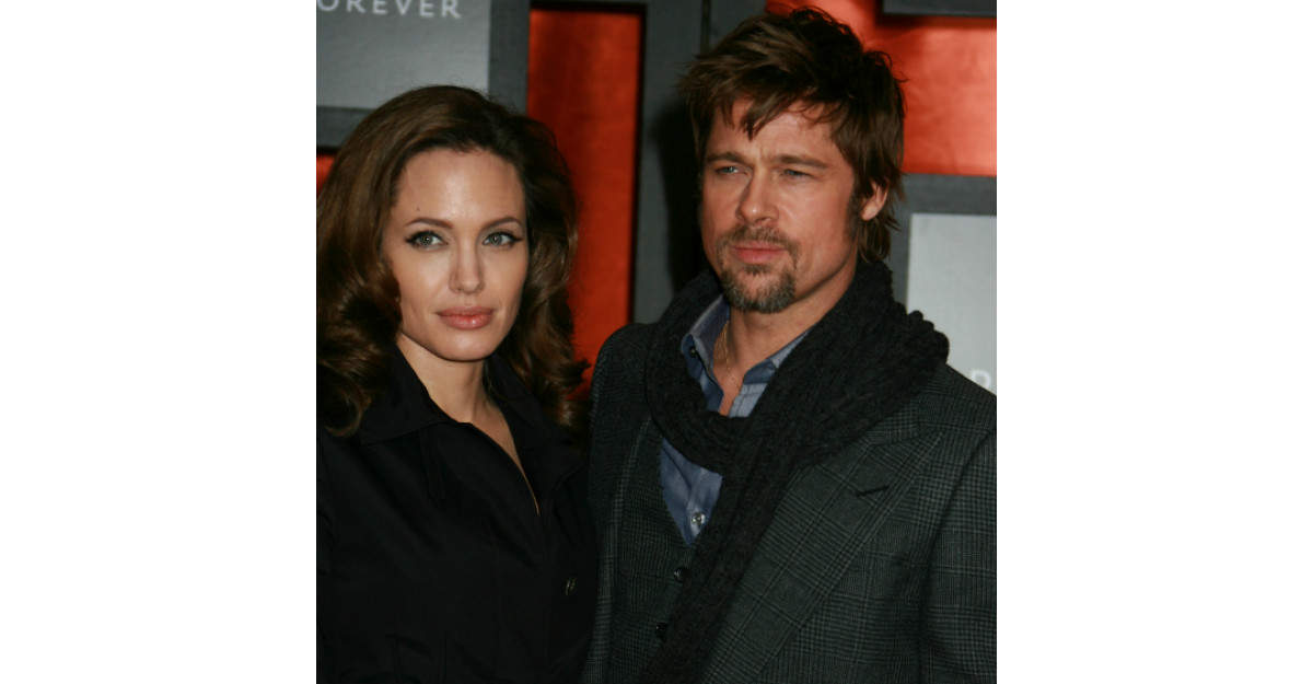 Angelina Jolie si Brad Pitt, nunta in secret