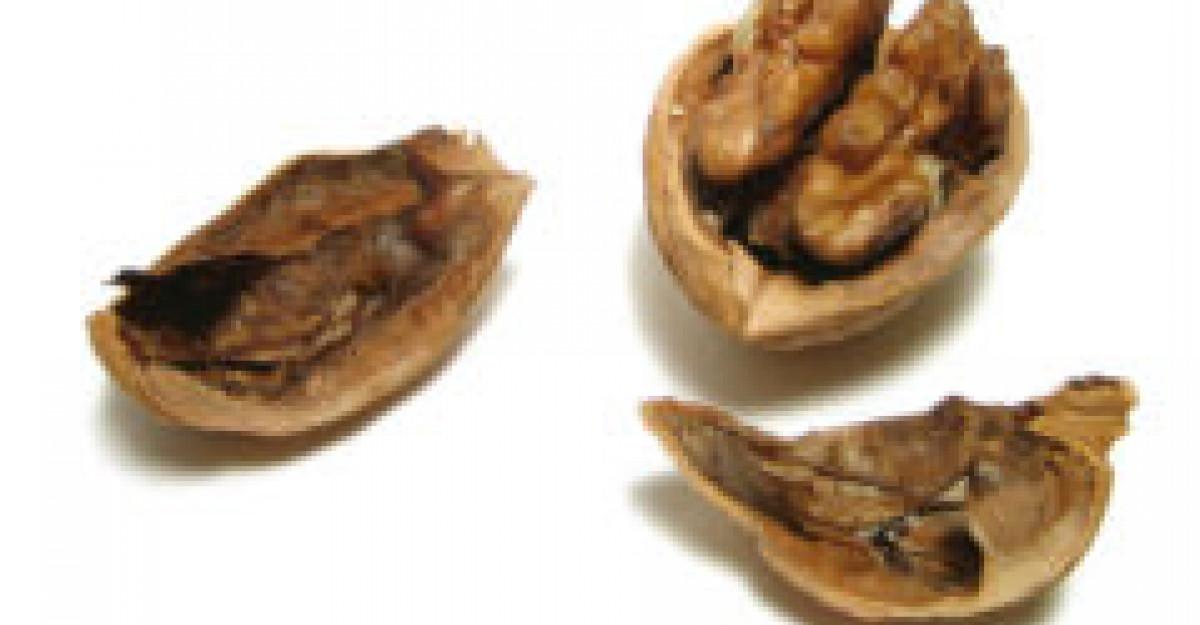 Nucile, mai sanatoase decat uleiul de masline