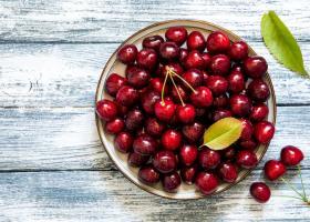 Cât de sănătoase sunt cireșele? 10 beneficii demonstrate științific