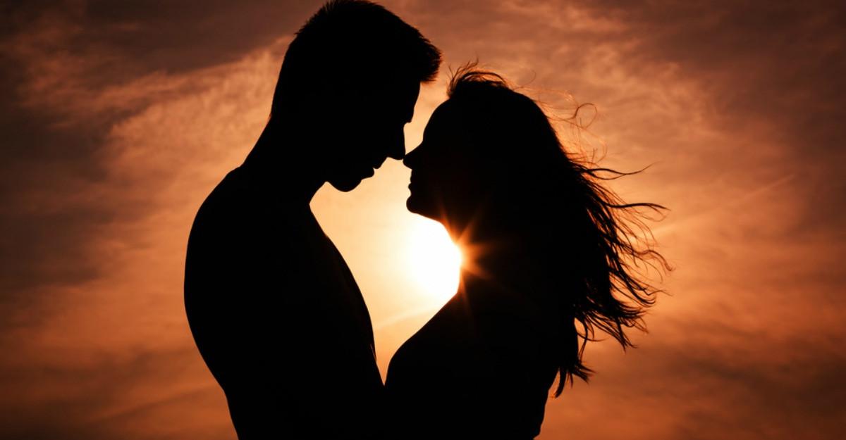 8 Lucruri pe care le poți găsi în fiecare relație în care există iubire adevărată