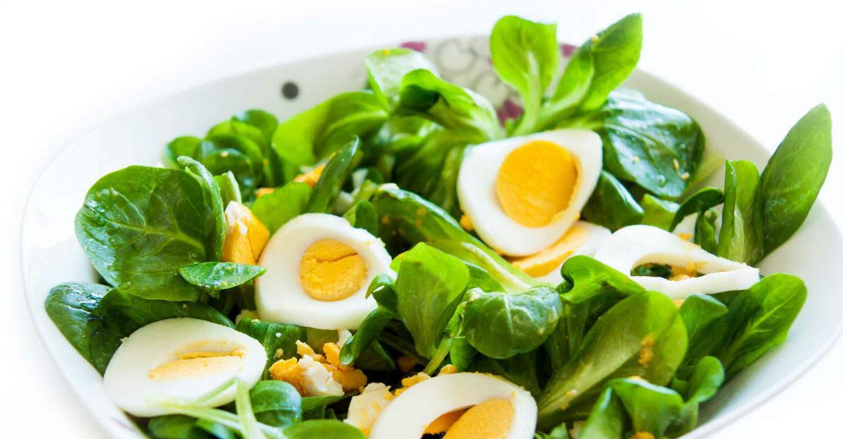 Beneficiile usturoiului verde + 3 retete delicioase