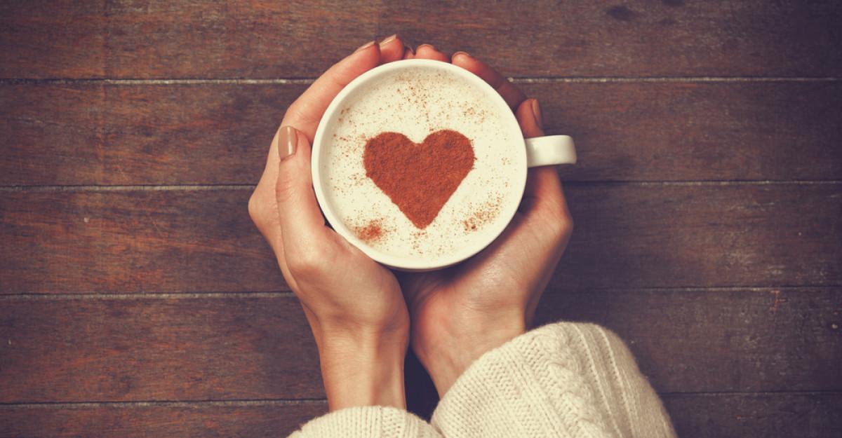 Alisa Vitt: CAFEAUA NU ESTE BUNA pentru femei- 3 argumente ca sa renunti la cafea