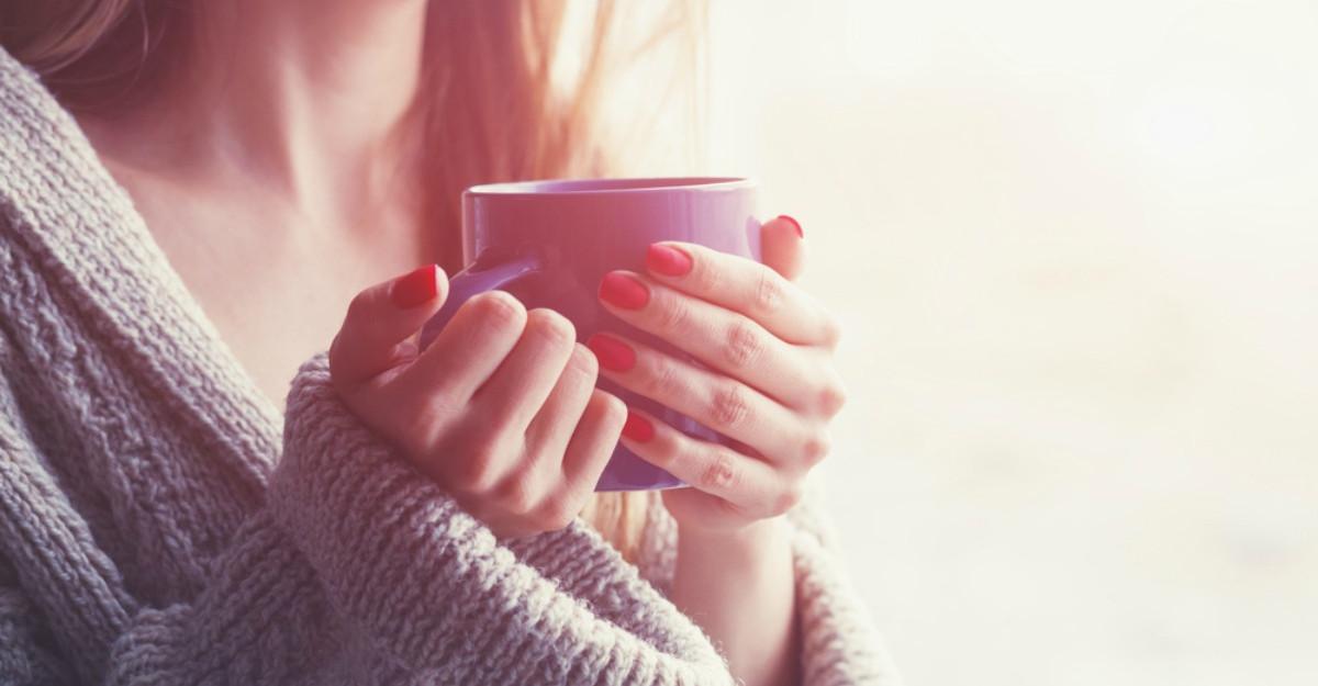 Cura cu ceai verde: cat ceai trebuie sa bei ca sa slabesti si sa previi bolile