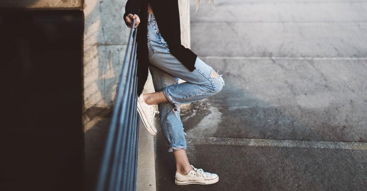 5 perechi de pantofi care se potrivesc perfect cu blugii drepți