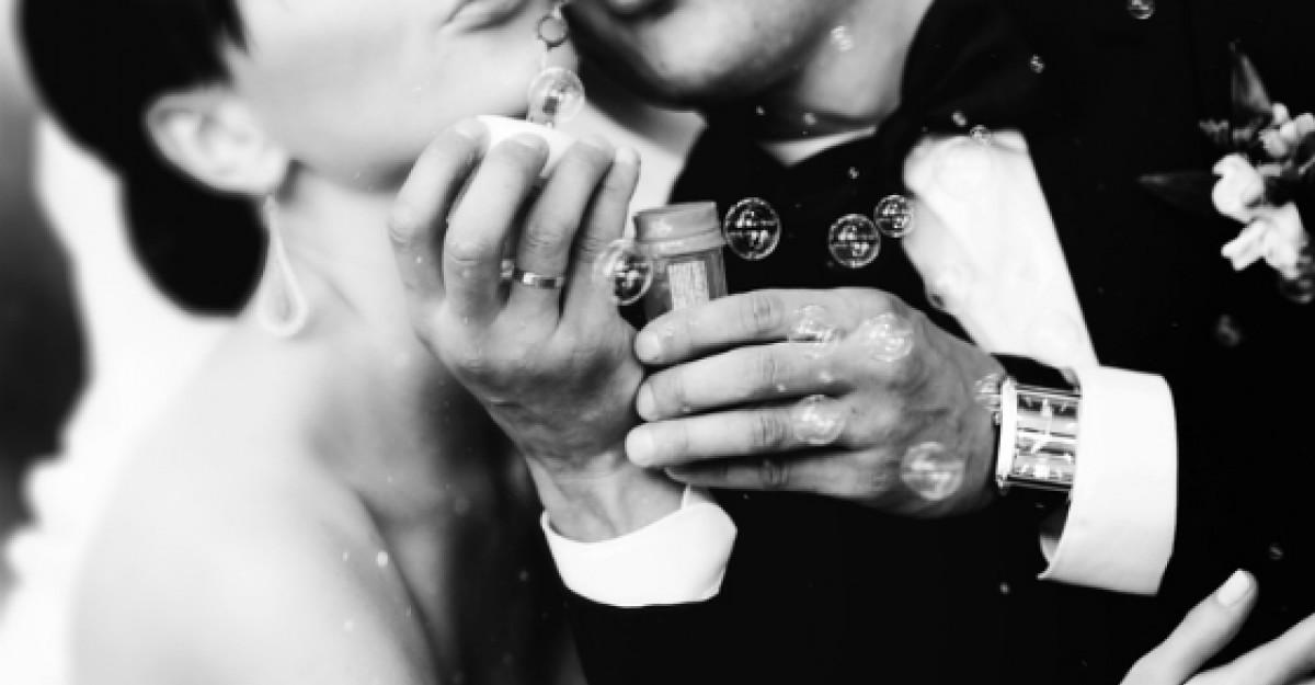 Top 10 lucruri care iti dau de inteles ca vrea sa te ceara de sotie