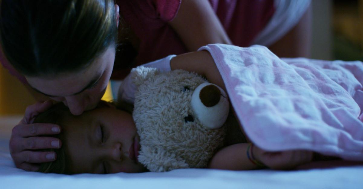 Mesajul unei mame pentru copiii ei: sunt și voi fi ÎNTOTDEAUNA alături de voi!