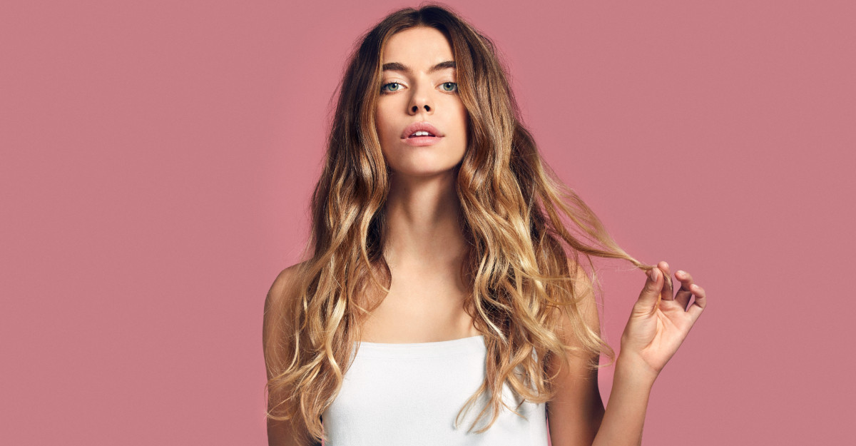 Brandul Suedez 100% vegan de îngrijirea părului Maria Nila este disponibil în România