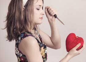 Poveste de iubire: Ipocrizia despartirilor