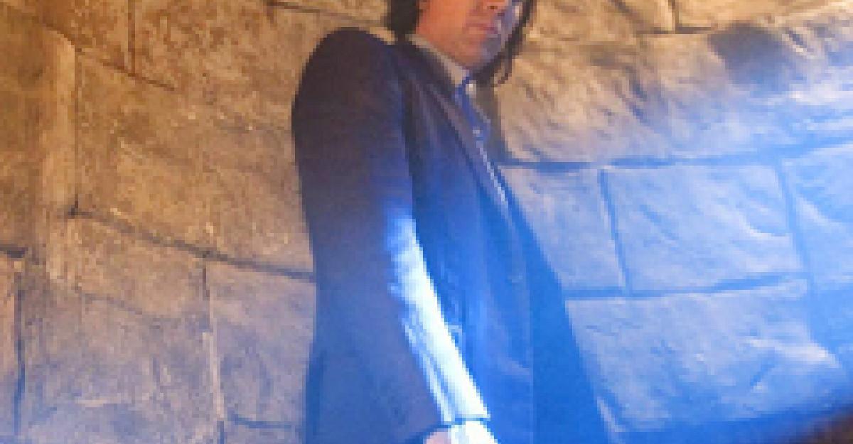 Nicolas Cage, un vampir cu acte