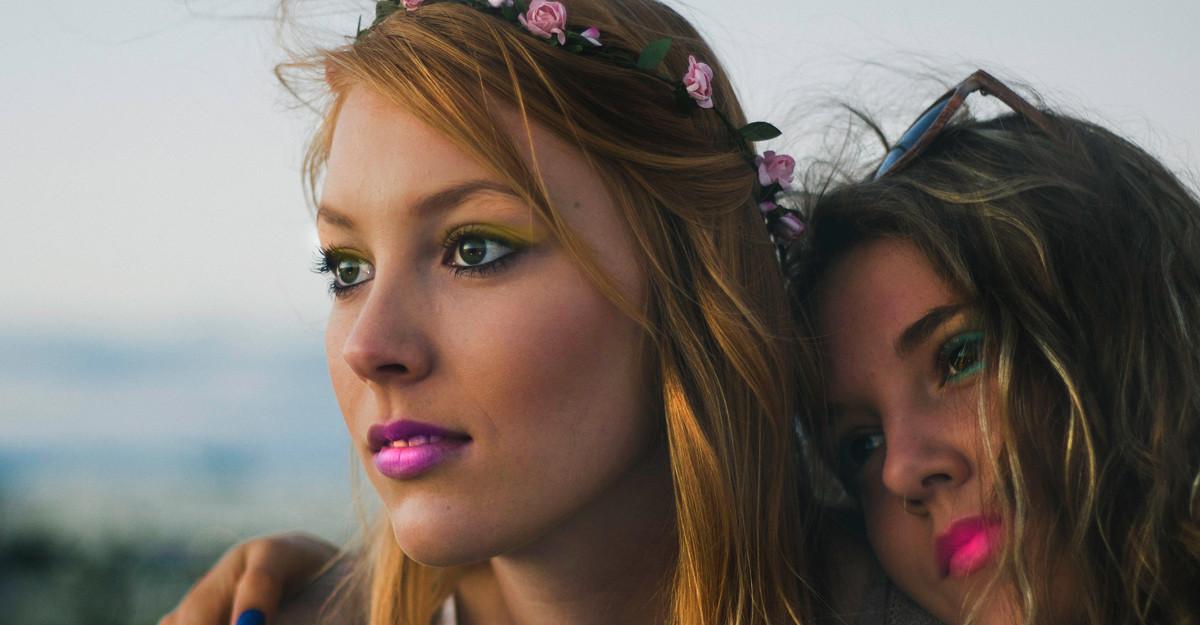 Ce farduri se potrivesc culorii pielii tale și culorii ochilor
