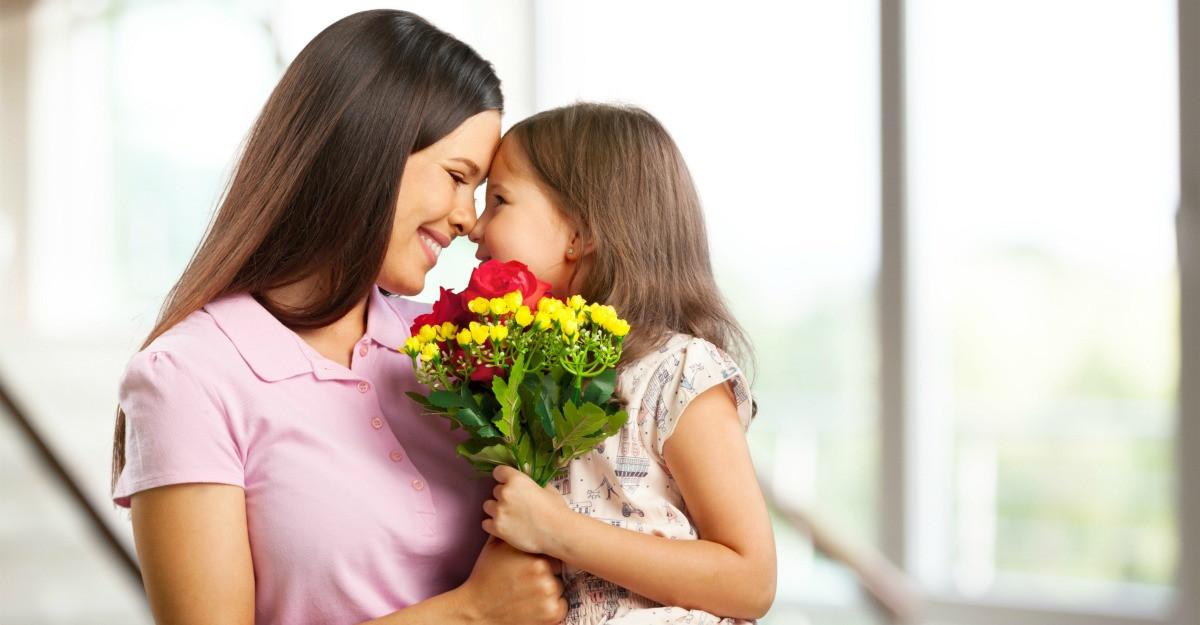 Cadouri pentru mama de 8 martie