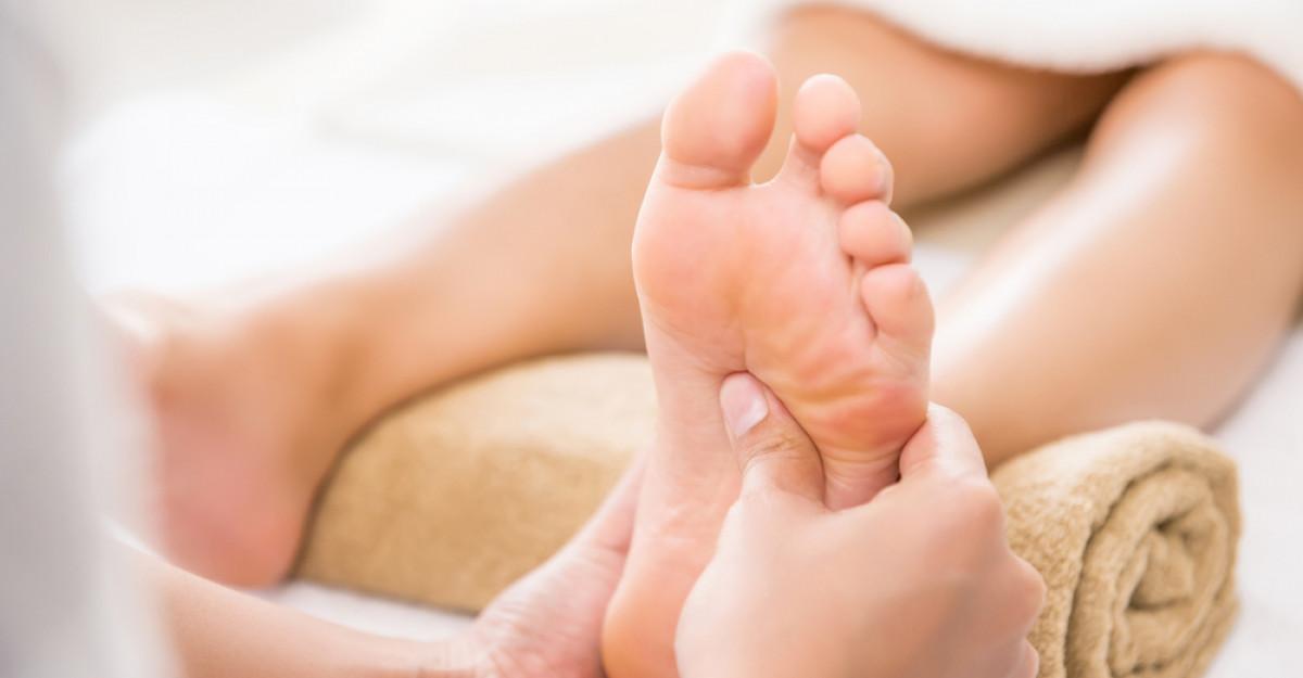 Masajul picioarelor: De ce este recomandat să-l incluzi în rutina ta?