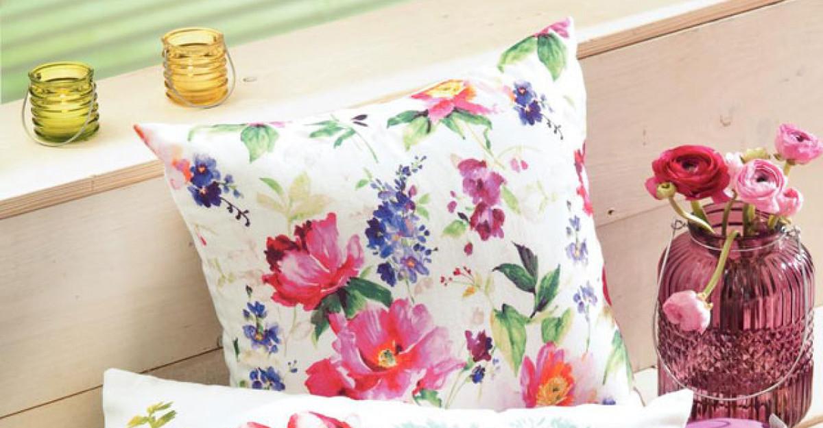Accesorii pentru dormitor, cu motive florale