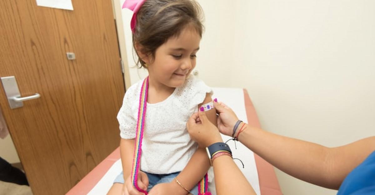 Vizita la medic - cum să le fim copiilor alături?