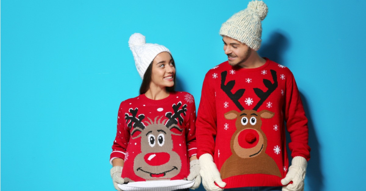 6 pulovere de Crăciun pentru ținute elegante de sezon