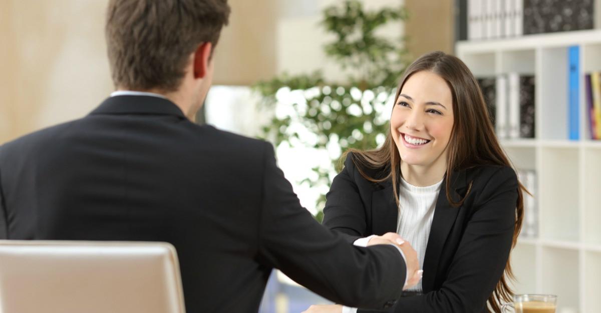 5 reguli pentru a face o impresie bună la interviul de angajare
