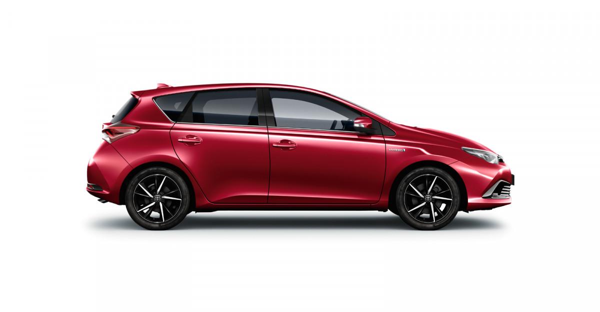 7 lucruri care mi-au placut la Toyota Auris Hybrid