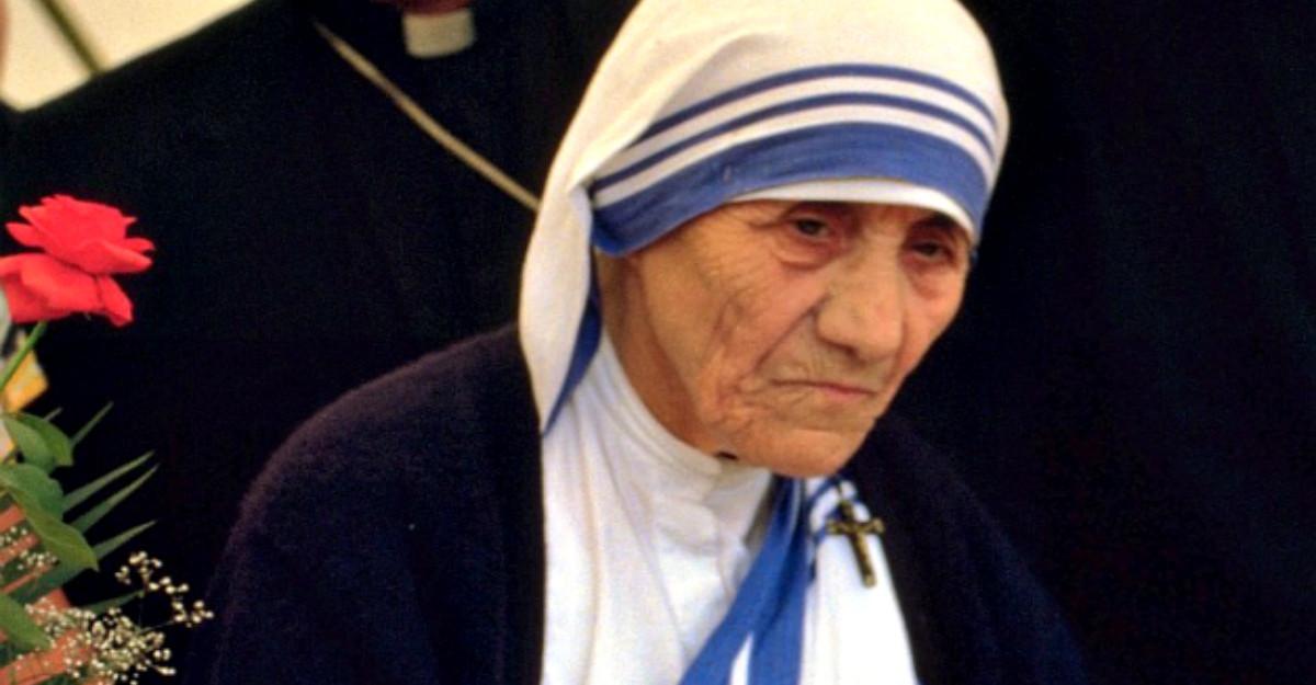 20 de citate despre durere, pace si dragoste de la Maica Tereza
