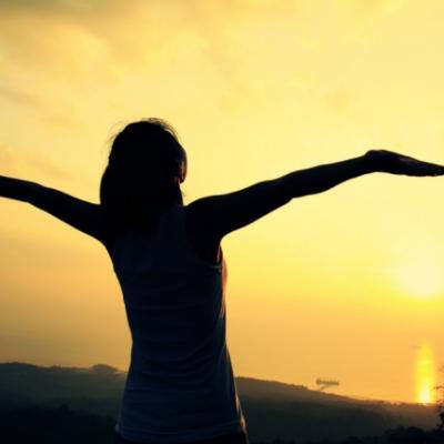 Povara acceptarii de sine: Ce inseamna, de fapt, sa te iubesti asa cum esti?