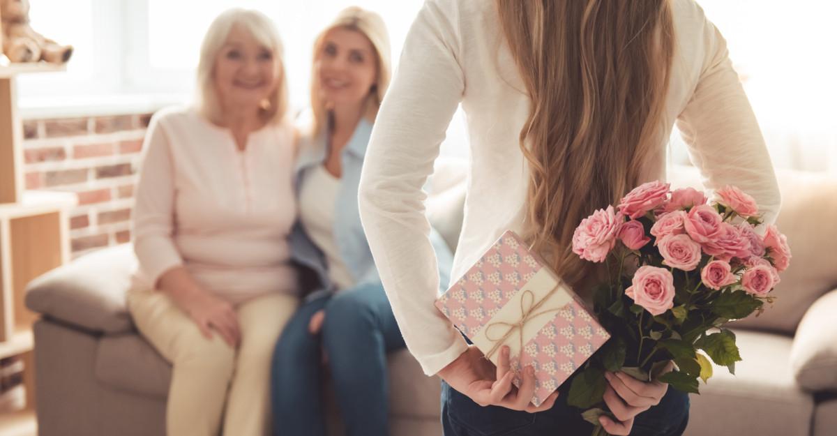 10 mesaje de Ziua Mamei. Nu înceta niciodată să îi spui cât de mult o iubești