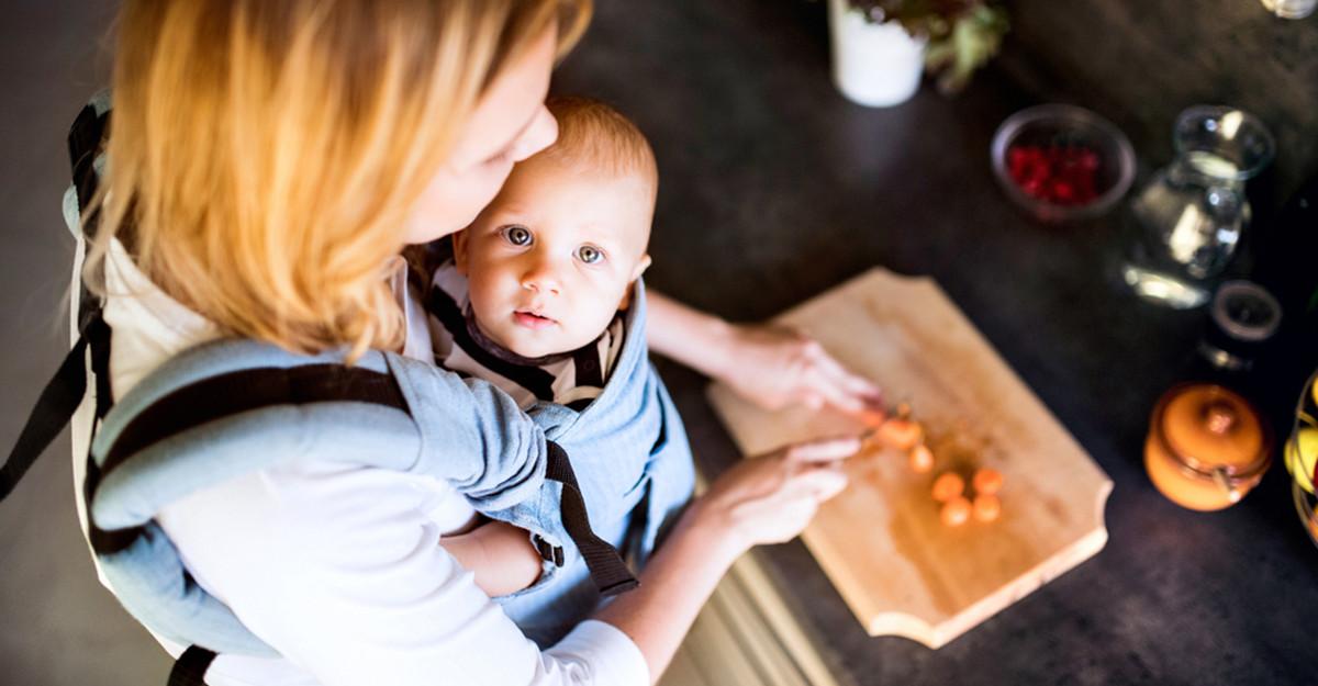Top 5 Cele mai bune sisteme de purtare pentru bebeluși și copii mici