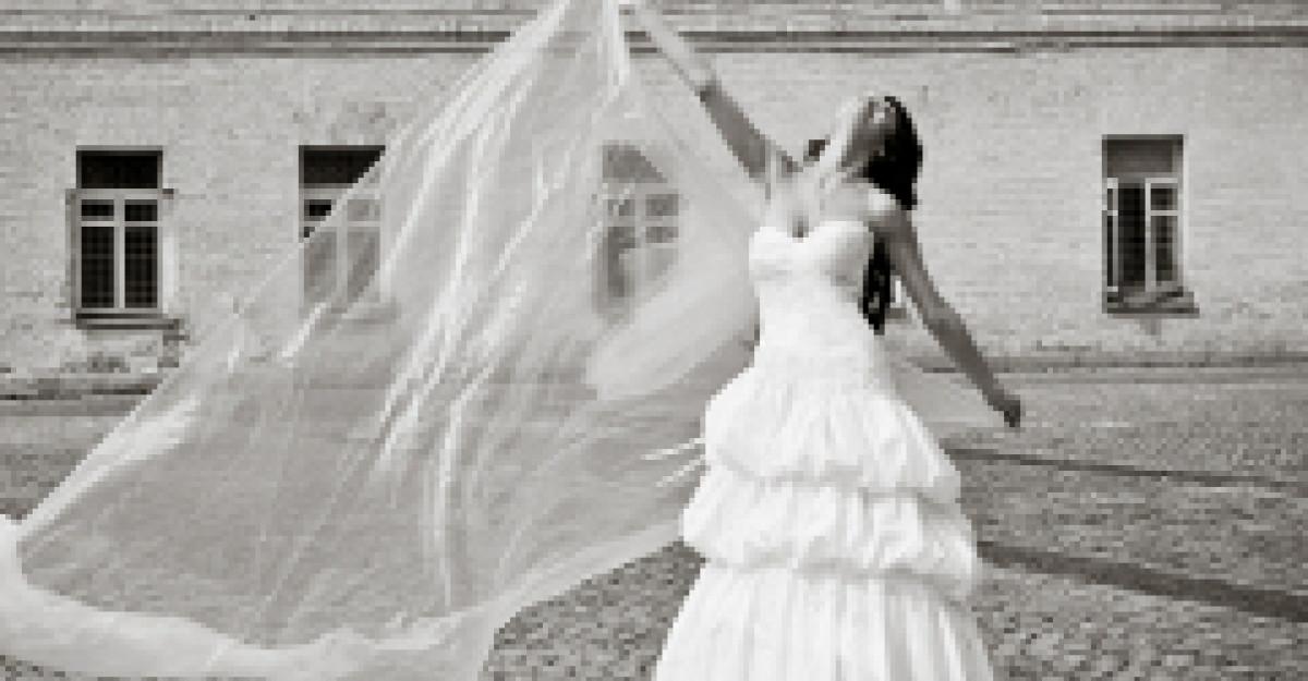 Top 30 rochii de mireasa din colectiile 2012