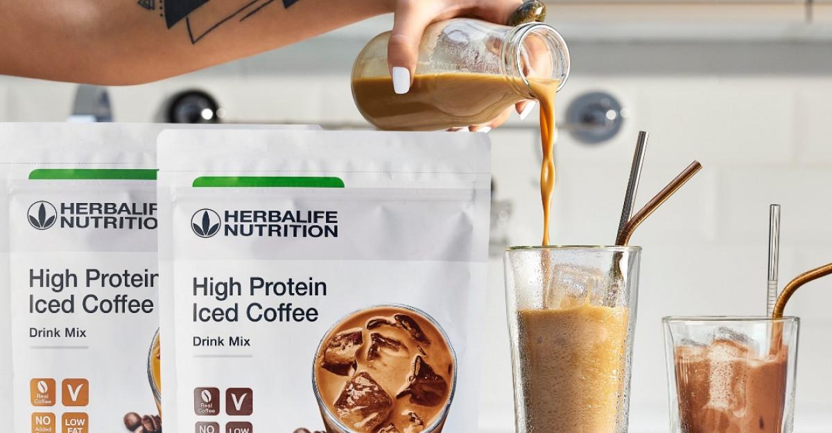 High Protein Iced Coffee - un amestec delicios de cafea 100% Robusta și proteine de calitate