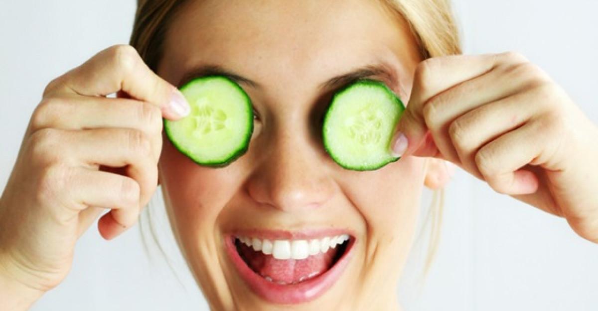 Cele mai bune 6 tratamente pentru cearcane si pungile de sub ochi