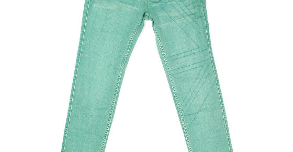 20 de perechi de jeans pentru toate gusturile