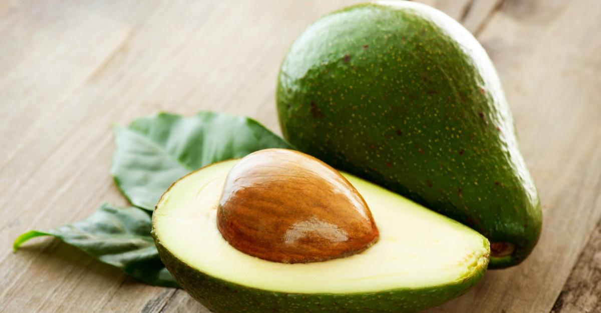 Samburele de avocado: are rost sa-l consumi sau nu?