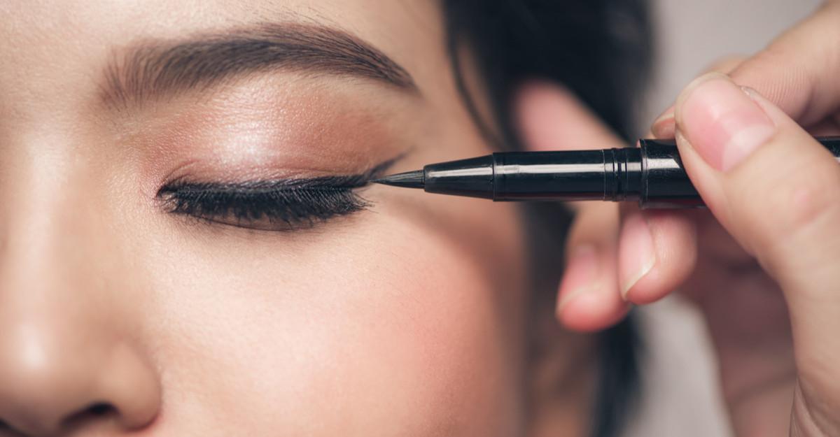 Secretul femeilor seducătoare: tușul de ochi!