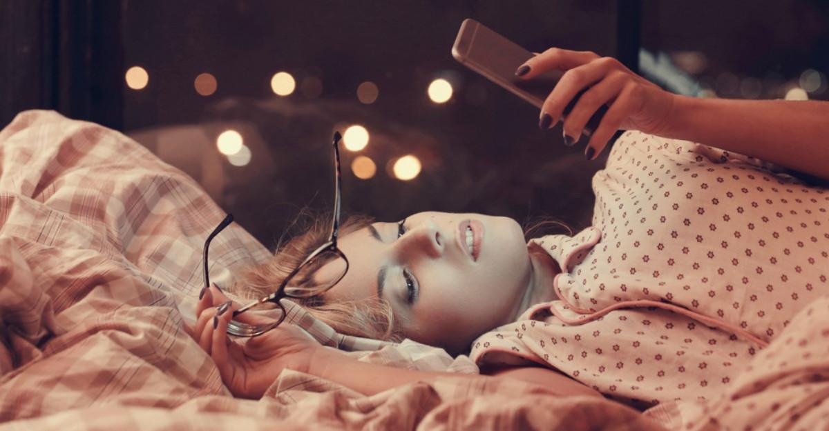 8 alimente care iti strica somnul: ce sa elimini de la cina