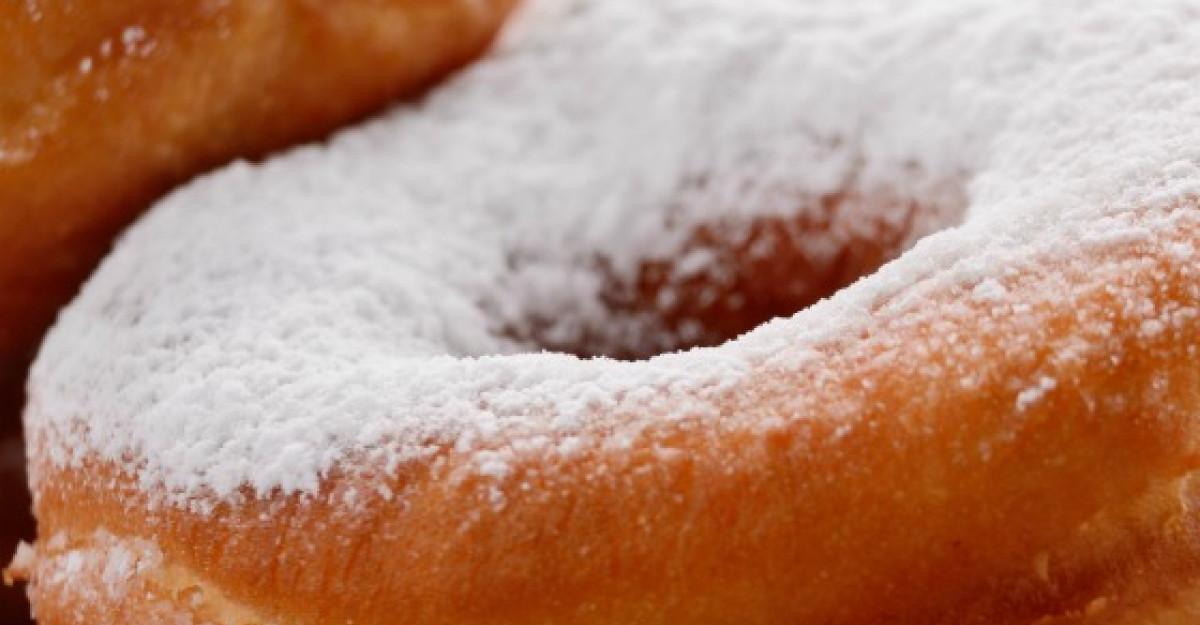 Gogosi pufoase: desertul copilariei