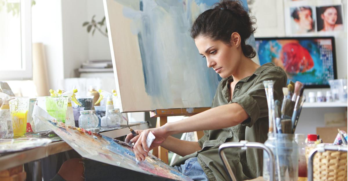 Amway România susține tinerii artiști și inaugurează proiectul cultural Artistry Studio Gallery