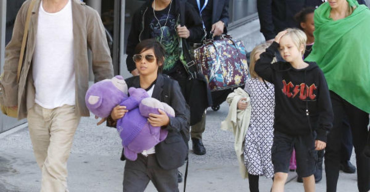 Angelina Jolie si Brad Pitt, dati afara din 12 hoteluri! Motivul este incredibil