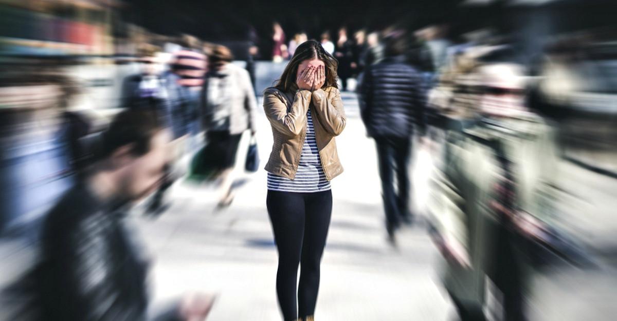 Ce trebuie sa faci cand ai un atac de panica? Cauze, simptome si tratamentul acestuia