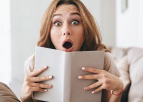 Cititul dezvolta mintea si sufletul: 4 carti pe care trebuie sa le citesti iarna aceasta!