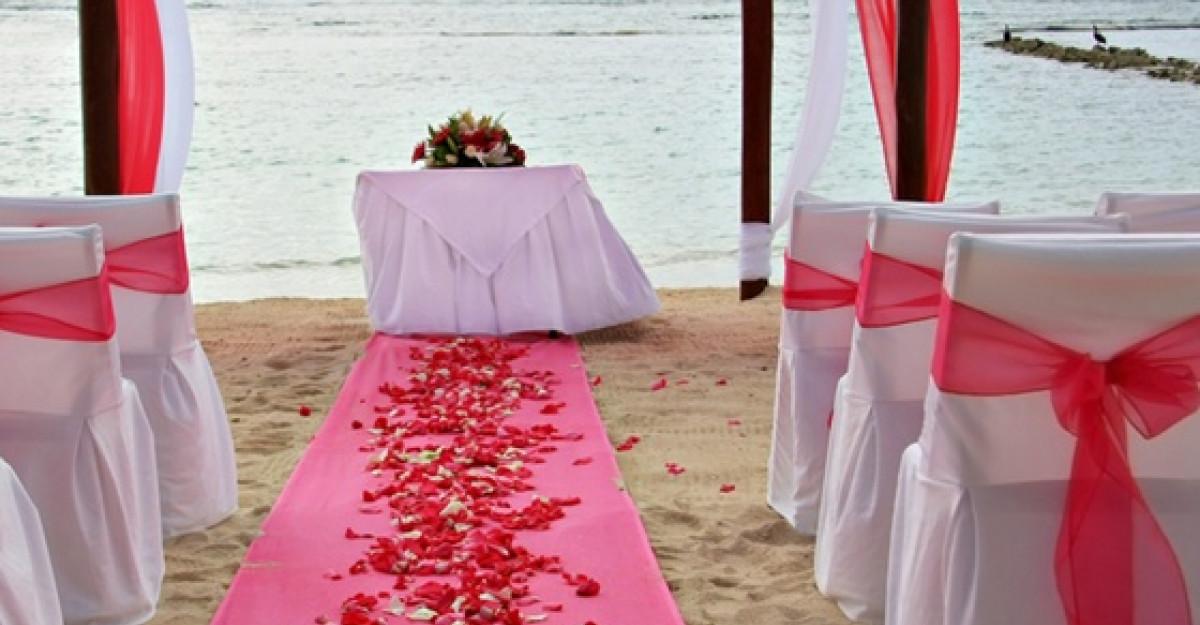 Nunta romantica intr-o culoare