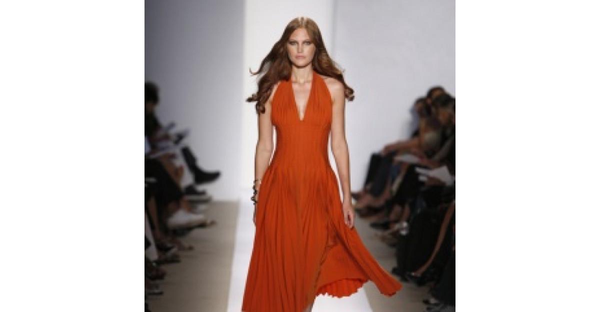 Cand porti Tangerine Tango, culoarea anului 2012