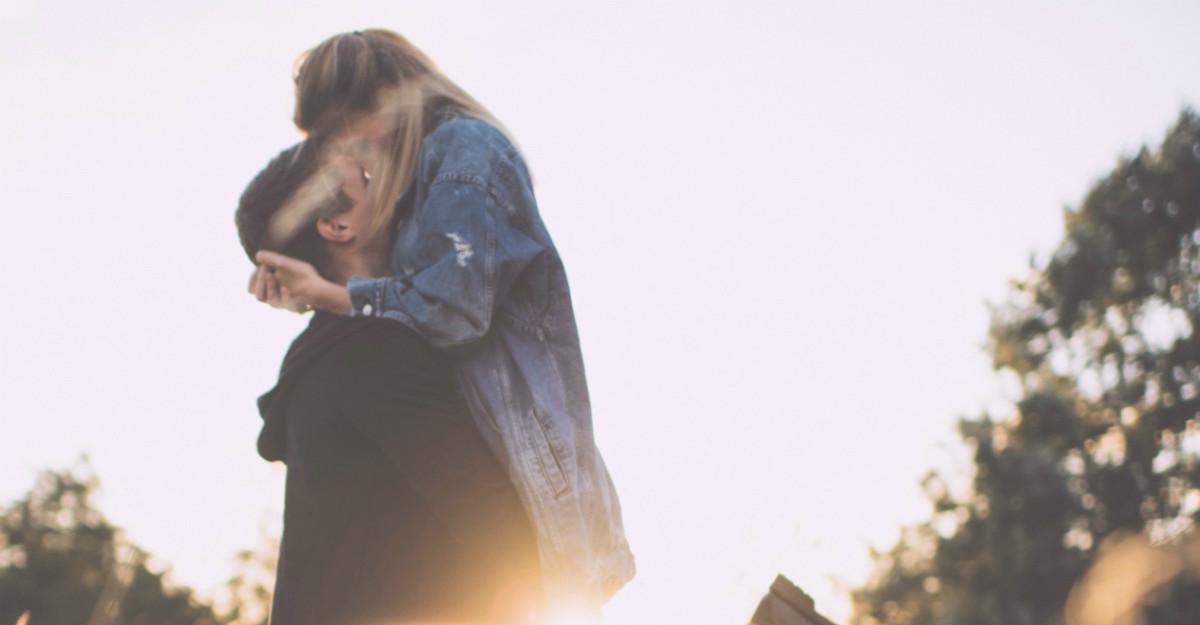 Fericirea depinde de dragoste, nu de bani