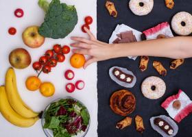 Cinci alimente de care să fugi mâncând pământul