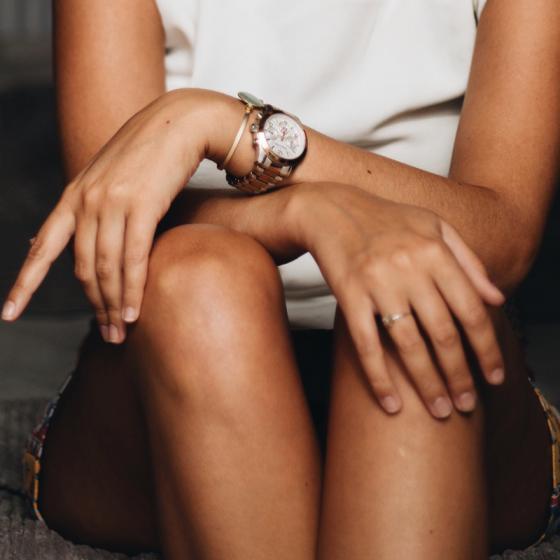 Brățară + ceas: combinația de accesorii și bijuterii statement a sezonului