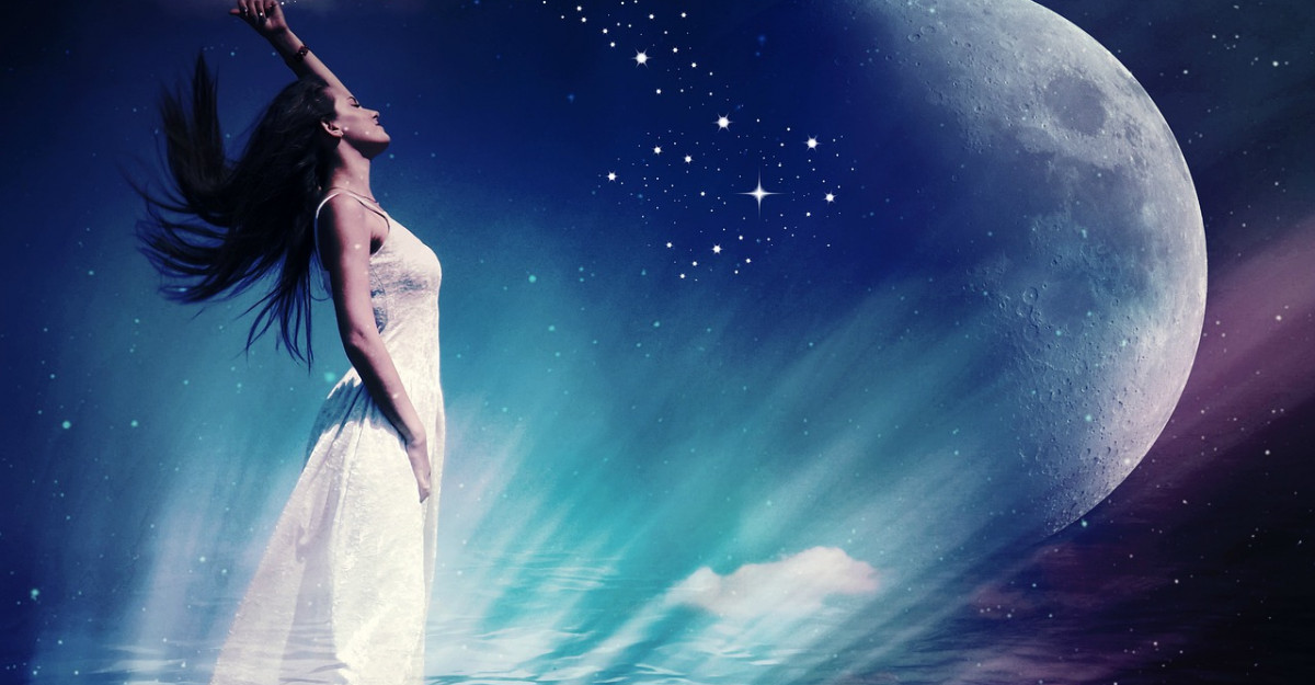 Astrologie: Planeta care te influenteaza in functie de ora nasterii