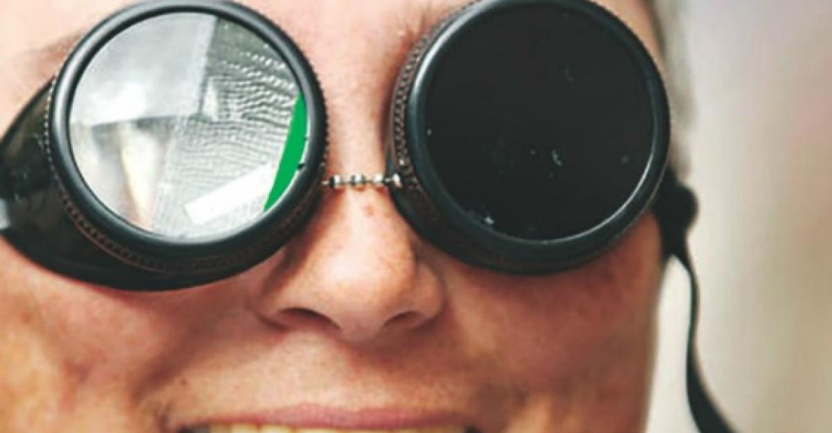 Dupa 20 de ani: un spectacol de teatru senzorial labirint